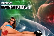 Ragazza in chat