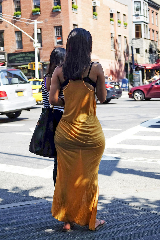Kim kardashian butt crack